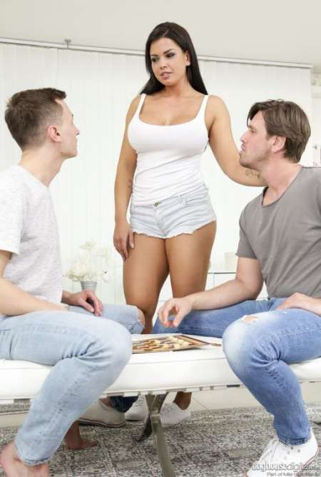 jeune couple marié hetero cherche un homme